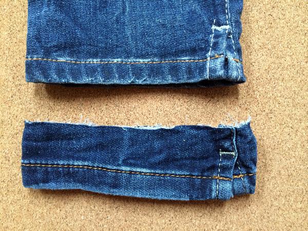 スリットありのジーンズ裾上げアタリ出し加工